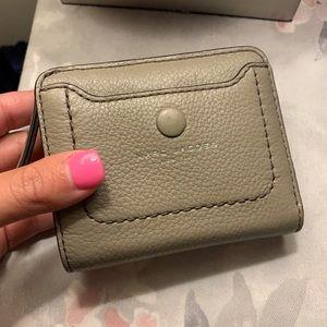 Marc Jacobs grey wallet